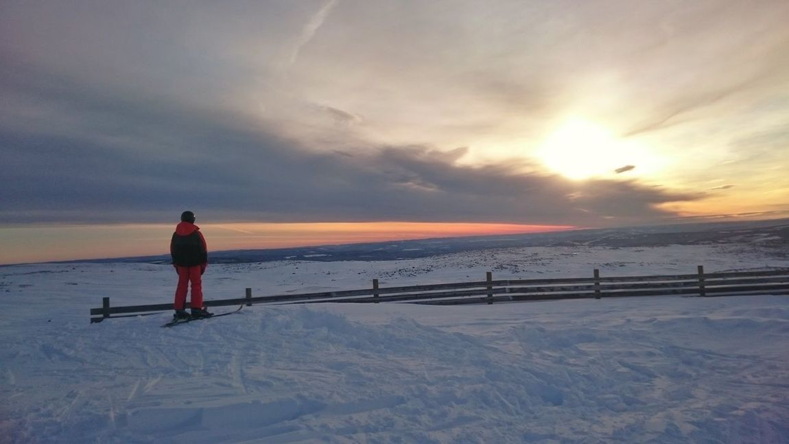 Snow Nordic Light Sunset Beauty In Nature Cold Temperature Frozen Adventure Vacations Nature Sky Scenics Björnrike