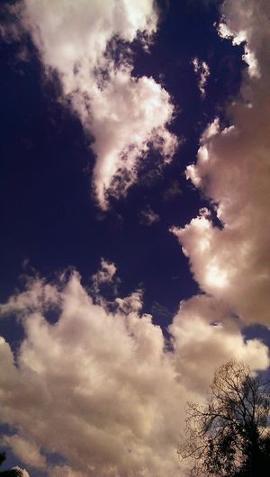 Cloudy day :) Clouds And Sky HTC One Kuwait❤ Enjoying The Every Moment Of Life