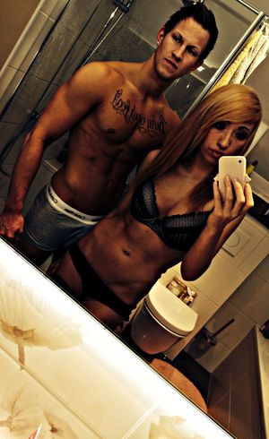 Awesome with ma man!♡ Fitness Couple Bathroom Body & Fitness