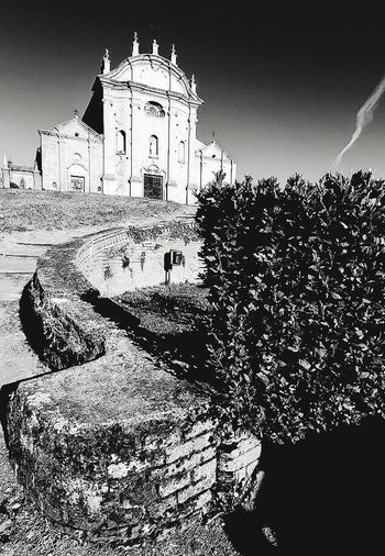 Chiesa di San Lorenzo, Camino (AL) Architecture Religion Built Structure Building Exterior Spirituality Place Of Worship Sunlight Outdoors Travel Destinations Sky Day Piemonte Italia The Week On EyeEm