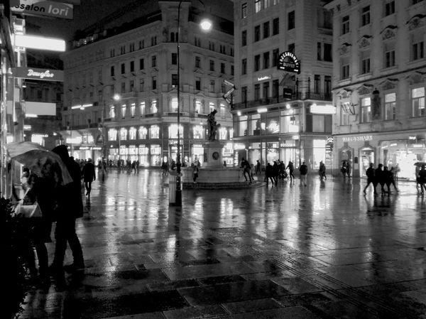 Vienna Austria Rainy Night Nigth Ligths Illumination Rain In The City Raining Outside Vienna By Night.. Viennaatnight Vienna Impressions Citylights Large Group Of People Architecture Built Structure Building Exterior Night Illuminated City Outdoors