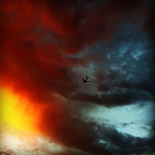 Flight into hell! EstEem Best Edits Under Pressure Ominous Ominous Sky Airplane California