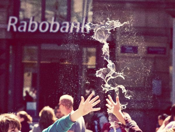 thats what happens if bubbles and kids are clashing.. Streetphotography Stockholm Bubbles Holidays