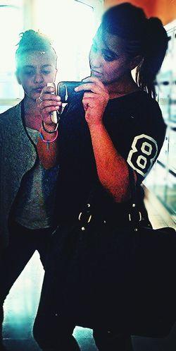Taking Photos Ele ☆