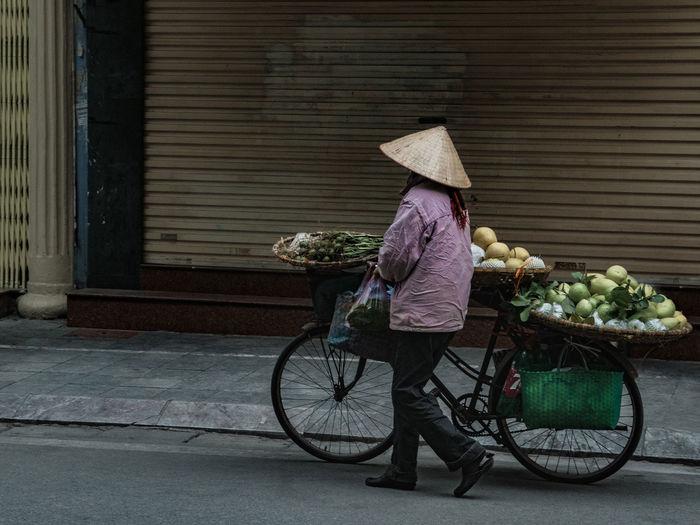 Fruits vendor