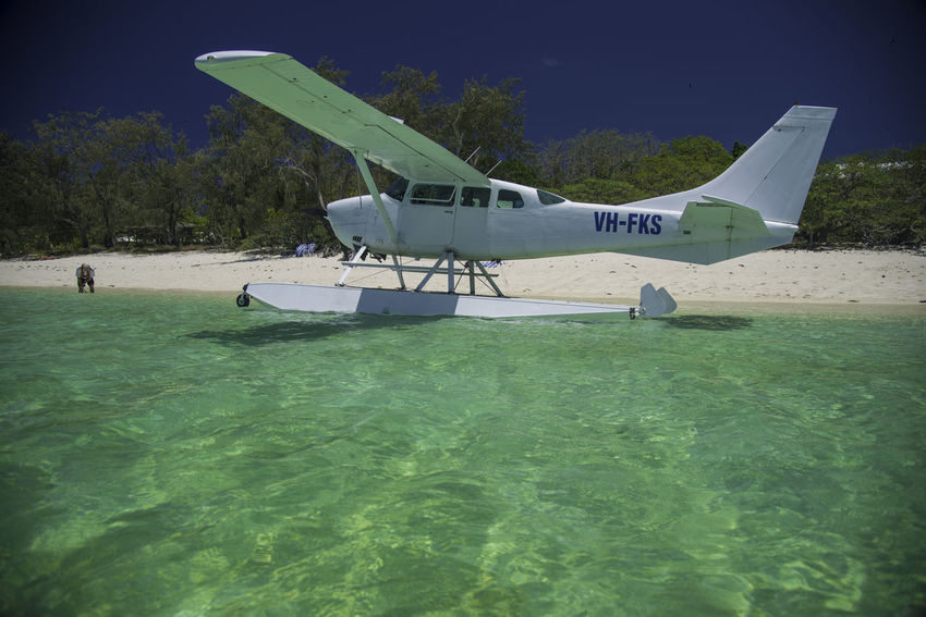 Floating About Aeroplane Australia Cessna 206 Float Plane Heron Island, Australia Coral Reef Great Barrier Reef Ocean