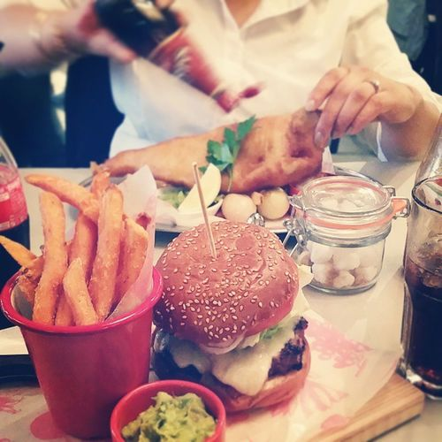 Lunch with ma homie Sis Brosbeforethose Getme Bills Marlow Lunch Food Sexytime