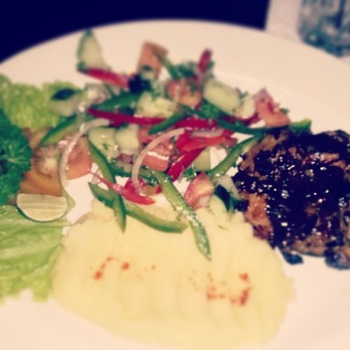 Dinner at Shishacafe Sunsetroad Bali grilledchicken mashedpotato veggie salad