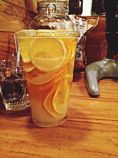 Milestone Coffee Sinsadong Cafe Orange Lemon Tea