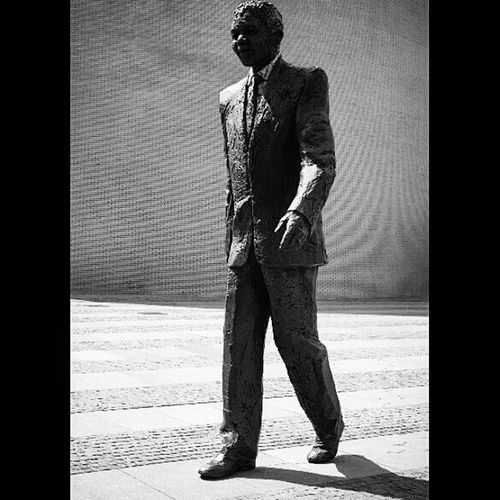 Nelson Mandela Nelson Mandela Nelsonmandela  Theheague Photographer Netherlands Dutch Holland Instapicoftheday Instagram Statue