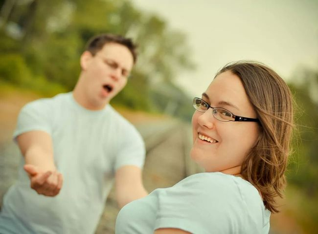 Oooooooo baby! These two are crazy! Tadtibbsphoto Funny Faces Couples Photography