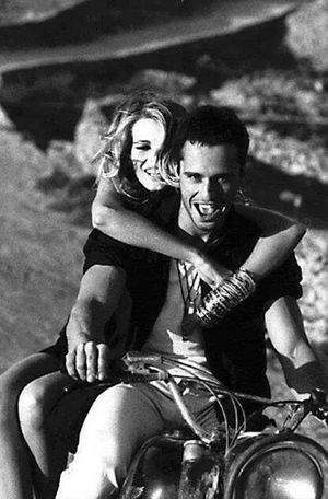 Photography Couple Rebelle Biker