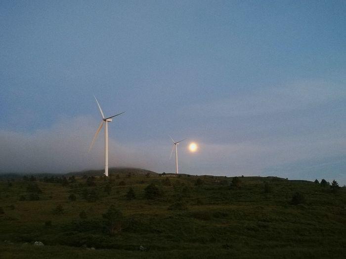 Windy moon Windmills Moon Norway Viking Eyemnaturelover Nature_collection Night Hello World