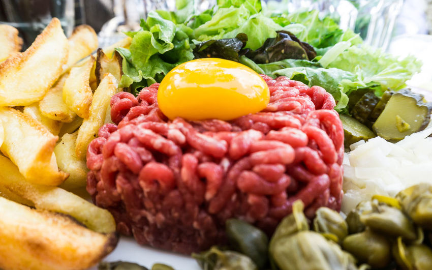 Close-up Day Egg Yolk Food Freshness Fried Egg Healthy Eating No People Raw Beef Raw Food