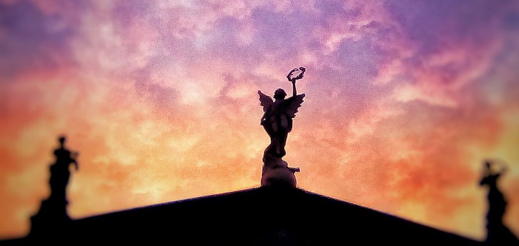 Melpómene, Polimnia & Euterpe EyeEm Best Shots EyeEm Selects EyeEm Gallery EyeEm Best Shots - Sunsets + Sunrise EyeEm The Best Shots Sunrise_sunsets_aroundworld Sunrise_Collection Sunlight Sunrise San Jose, Costa Rica Costa Rica❤ Costa Rica 🇨🇷 San Jose, Costa Rica Sculpture Statue Sky