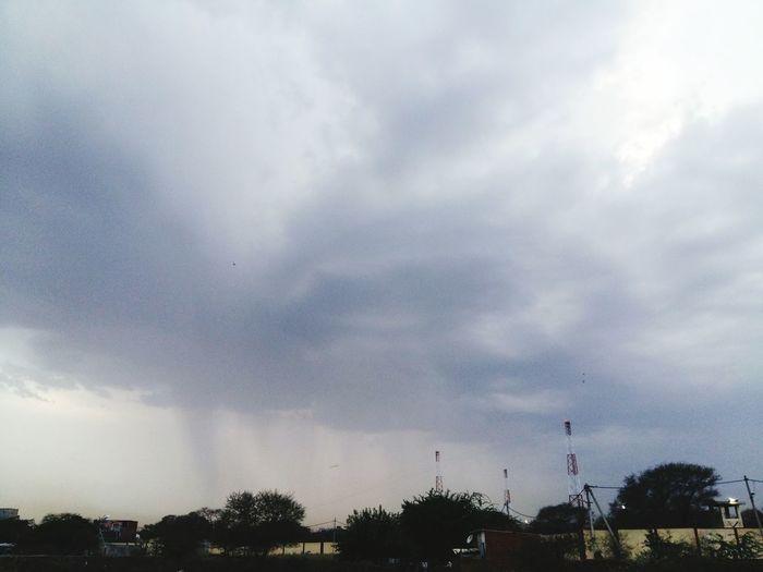 Rainy Weather New Delhi Canon EOS 600D DSLR Taking Photos Weather First Eyeem Photo