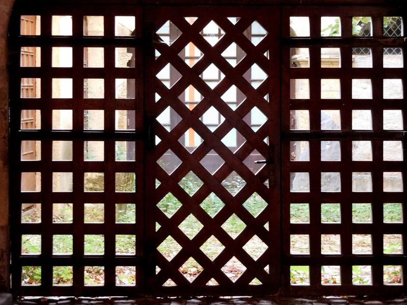 Design Gate Geometric Shape Grid No People Pattern Patterns Everywhere Repetition Simmetrical