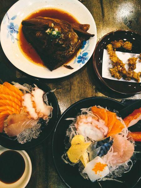 Food Food And Drink Still Life Table Plate Meal Appetizer Sushi Squid Salmon Rolls Sashimi Sushi Sashimi Set Freshness Close-up Stiil Food Salmon Sashimi Salmon Grill Salmon Salad