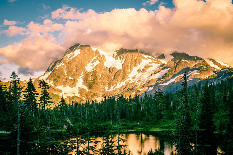 Beauty In Nature Cloud - Sky Day Forest Lake Mountain Mountain Range Nature No People Outdoors Reflection Scenics Sky Tranquil Scene Tranquility Tree Water