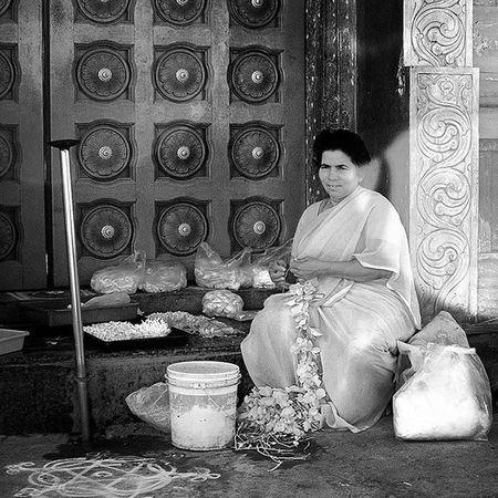 Porträtt Portrait_master Portrait Phototag_bnw Phototag_it Protraits_ig Portrait_today Protrait_prefection Stunning_shots Simplyprotraits Rsa_protraits Bestprotraits Ig_photooftheday Igworldclub_bnw Streetphotographers _soi _oye Storiesofindia India_ig India_91 Inspiroindia Igramming_india India_gram Inspired_traveller Passionpassport ourplanetdaily lonelyplanetindia