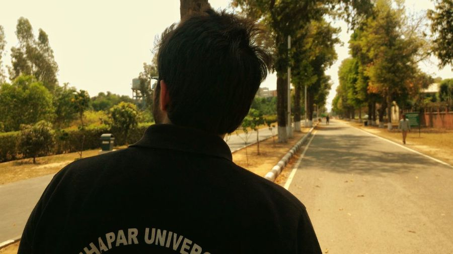 And then we had completed the assignments and were headed to the hostel. Student Thapar University College University Sports Shirt Black T Shirt College Campus Headed To Work Afternoon Walk