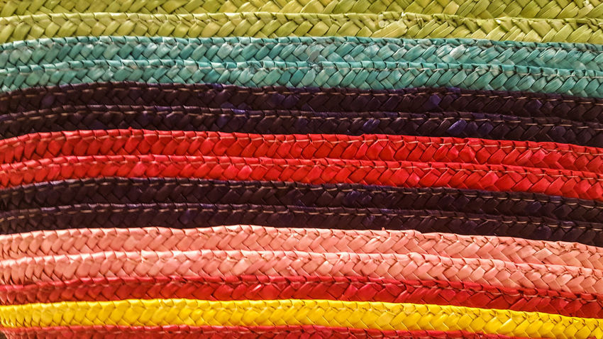 Madrid. Bolso de rafía Backgrounds Close-up Clothing Fashion Full Frame Multi Colored No People Pattern Raffia Textile Textured  Variation Colorful Colors