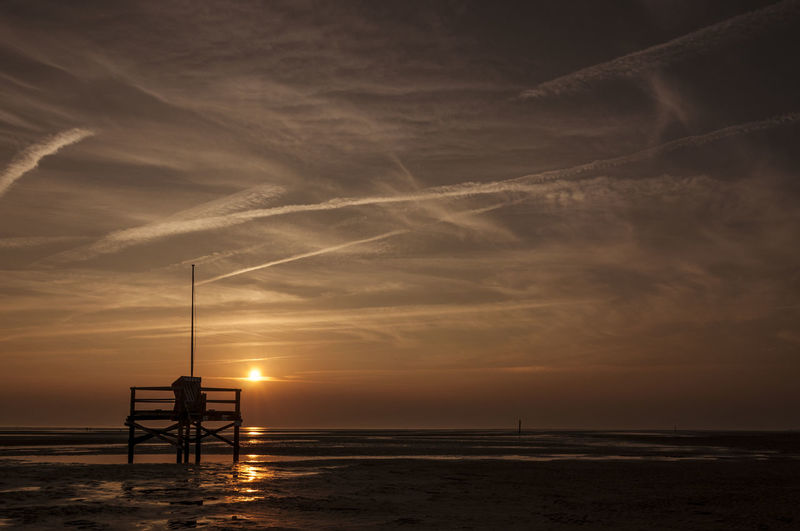 Nordsee von Friesland bis Sankt Peter-Ording Landscape North Northsea Nordsee Scenics Scenics - Nature Scenery View Nature Nature_collection EyeEm Best Shots EyeEm Nature Lover EyeEm Selects EyeEm Gallery EyeEm Best Edits Friesland Beach Coast Shore Sea Water Sunset Sundown Sunset_collection Beachphotography Landscape_Collection Sunlight Cloud - Sky Sky Sky And Clouds Cloud Cloudscape Landschaft Beach Life Beauty In Nature Naturelovers Coastline Evening Night Long Exposure Life Waterfront Water Reflections Light Shadow Light And Shadow Reflection Wave Ocean Panorama