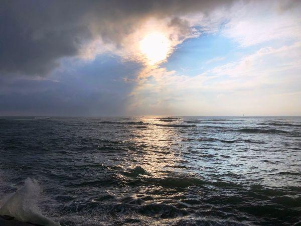 Sky Sea Water Beauty In Nature Cloud - Sky Scenics - Nature Horizon Over Water Horizon Nature No People Sunlight Outdoors Land Non-urban Scene