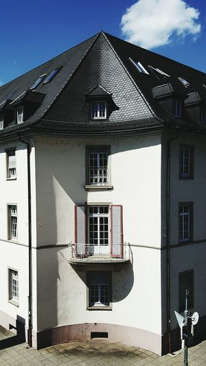Street Architecture Human Way On The Street In Town Light And Shadow Outdoors Fenster Building Geometric Architecture Sky And Clouds Haus Window Architektur House Altes Haus Old House Buildings & Sky Living