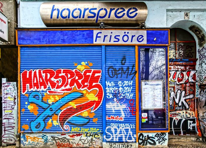 Architecture Berlin Photography Berliner Ansichten City City Life Day Friseur Graffiti Haarspree Haircut Haircutter Kreuzberg Multi Colored No People Outdoors Shopfront Text Urban Exploration Capture Berlin Discover Berlin