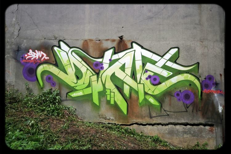 DVATE sdm crew Melbourne Graffiti Streetart Everfresh