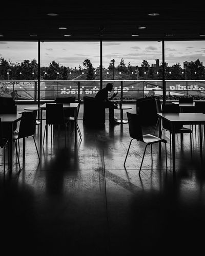 In the cafe Check This Out Silhouette Urbanphotography City Urban City Life Cafe London