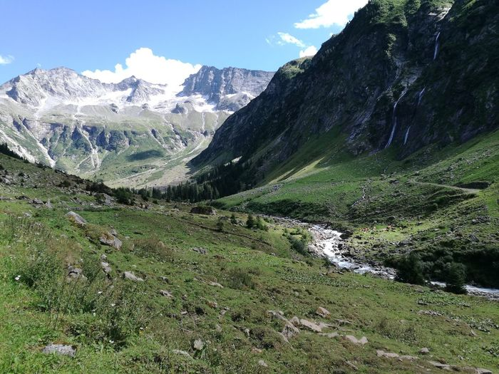 EyeEm Selects Berge Alpen Tirol  No People Green Color Outdoors Mountain Range Mountain Snow Sky Landscape Stilluptal