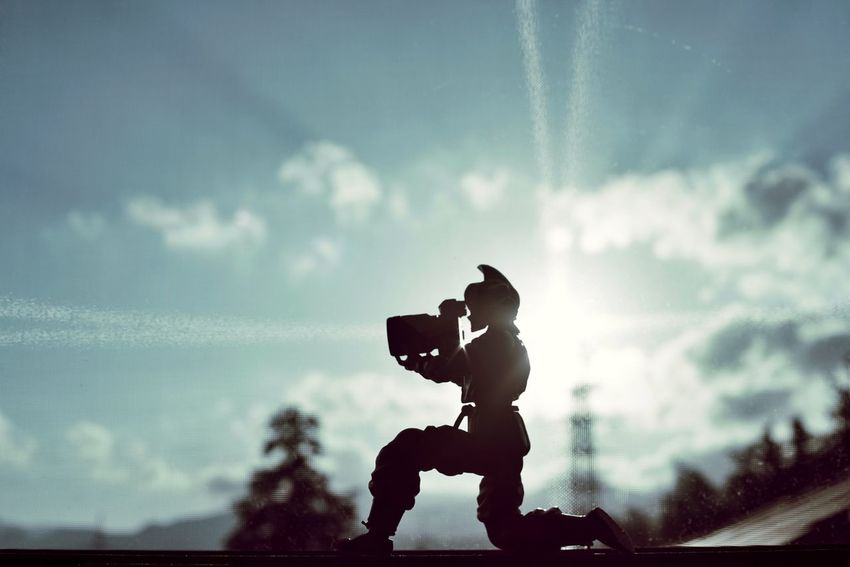Capture The Moment Sunlight Shine Bright Taking Photos Figure Silhouette Depth Of Field Cloud - Sky Getting Inspired Light And Shadow Backgrounds Fine Art Photography Selective Focus Focus On Foreground Full Frame Detail Sony A7RII Oldlens Takumar EyeEm Best Shots 17_10 Second Acts EyeEmNewHere