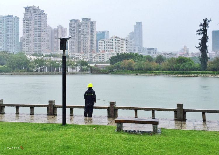 Taking Photos IPhone IPhoneography Iphonephotography Lake Lake View Cityscapes People Fishing Xiamen