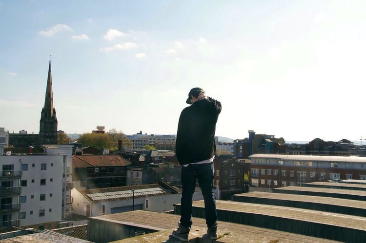 Time alone. Alone Thinking Decisions Cityscape Roof Rooftop Rooftop View  Standing Model Male Malemodel  Photography No Edit Thinking Wide Shot Edge View Bristol Temple Meads First Eyeem Photo