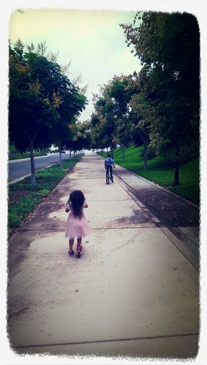 Another day, another hill to climb Walkingtoschool  First Eyeem Photo