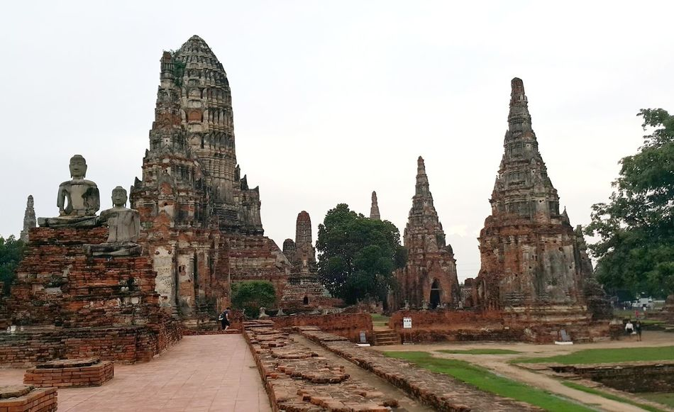 The ruins Wat Chaiwatthanaram Ayutthaya Thailand Temple Ruins Architecture Place Of Worship The Past Ancient Architecture Ancient Ruins Hello World Vacation Neighborhood Map Spirituality Religion Old Ruin Built Structure History Travel Destinations Ancient Civilization No People