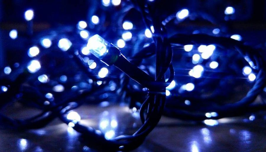 Light Lights December Preparations Christmastime Christmas Lights Chirstmas That's Me Hello World Italy Photography Photo Blue Hi! Likeforlikefollowforfollow Followme Goodnight Bored Bestmoment Moments Natale  Finalmente AriaNatalizia