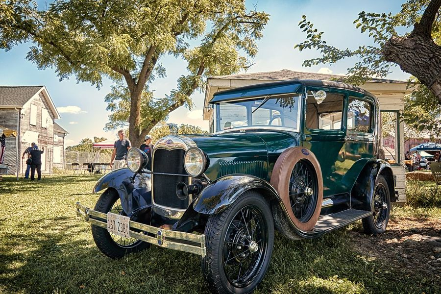 A classic car parked under a tree Transportation Mode Of Transport Land Vehicle Tree Day Outdoors Parked The Past Rural Scene Green Color Canonphotography Canon In The Suburbs. Grass Cloud Nature Tree The Great Outdoors With Adobe Scenics Tranquil Scene Sky In The Neighborhood Suburbs