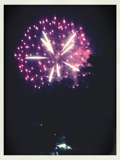 one of the many beautiful fireworks @ Stores Hill in Leb this year. Enjoying Life