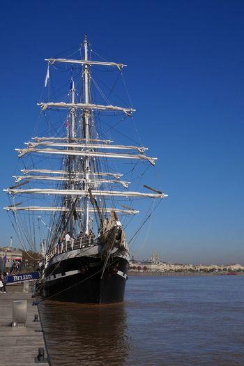le Belém dans le Port De La Lune à Bordeaux Water Clear Sky Sky Nautical Vessel Boat Old Boat