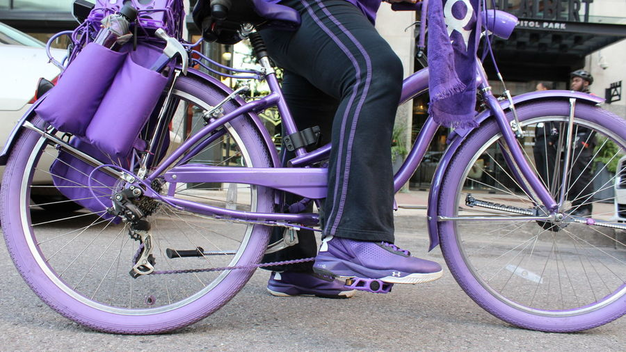Transportation Transportation Bicycle Mode Of Transport Land Vehicle Wheel Part Of Low Section Tire Close-up Stationary Spoke Parked Outdoors Day Cycle No People Downtown Detroit Purple Chain