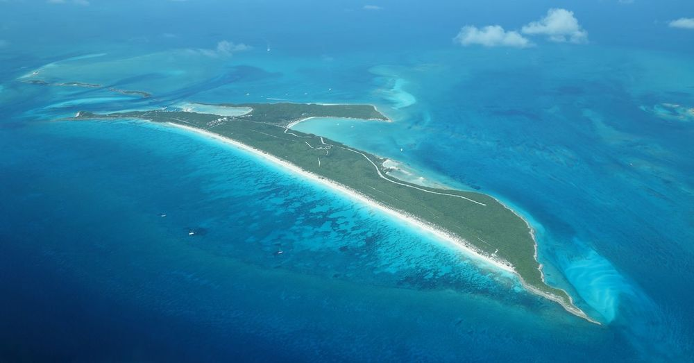 Aerial view of highbourne cay