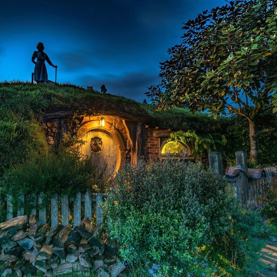 Last week I was lucky enough to be invited to shoot sunrise at The Hobbiton movie set Illuminated My Year My View EyeEm Masterclass Check This Out For My Friends That Connect Shootermag Sky_collection Eye4photography  New Zealand Scenery Eyem Best Shots EyeEm Best Shots - Sunsets + Sunrise Hobbiton Ladyphotographerofthemonth Photooftheday Travel Photography Exceptional Photographs Here Belongs To Me Popular Photos Amazing_captures Tadaa Community