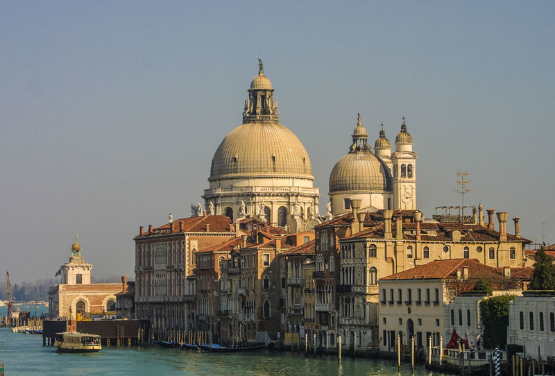 Venedig, Ohne Touristen, Lagune, Frühling, Venice, WithoutTourists, Springtime, City, Sea, Water, Historical, Old Town Architecture Building Exterior Built Structure City Clear Sky Day Dome Nautical Vessel Religion Sky Spirituality Water