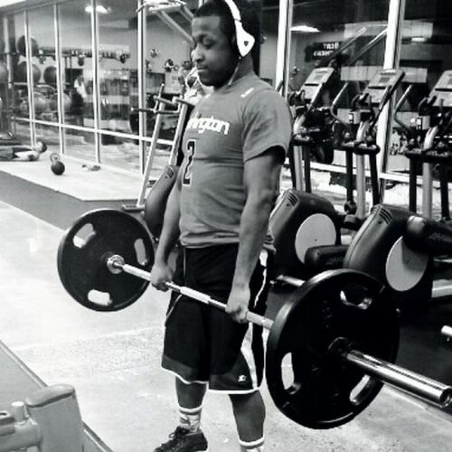 Putting in that workin...Havent Deadlift in 4 years....Just getting the Flow back....Its a process to this people! Weightlifting Weight Room