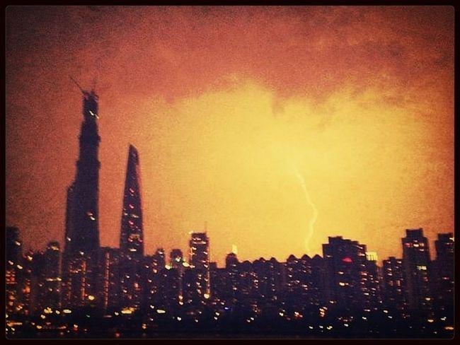 Nightphotography Skyscrapers Flash Eye Of The Storm