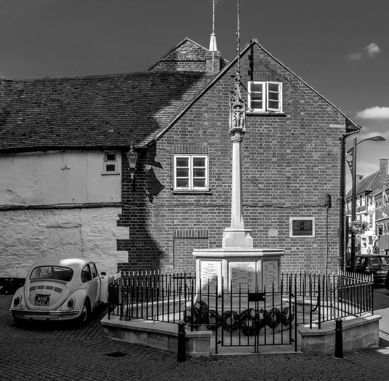 War Memorial and Beetle, Newport Pagnell, Buckinghamshire Newport Pagnell Buckinghamshire Monochrome Black And White Architecture War Memorial VW Beetle