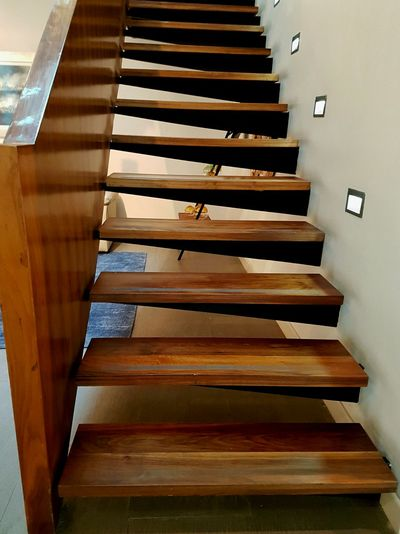 Wood - Material Indoors  Close-up Staircase Piano No People Musical Instrument Day Stairs Minimalist Architecture